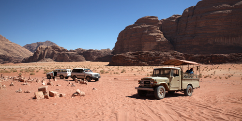 Jeep Hiking Camel Wadi Rum